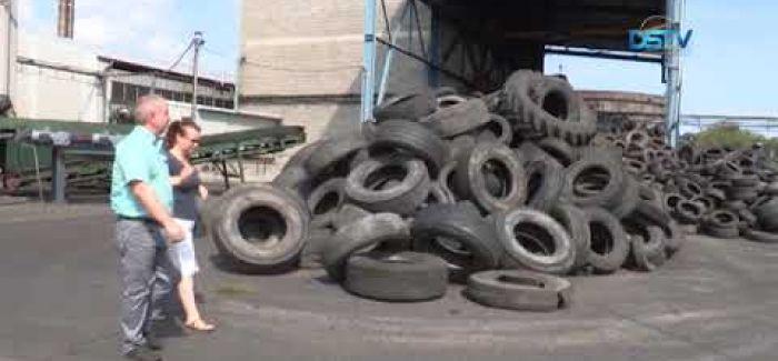 Embedded thumbnail for Ollétejed fellázadt a gumifeldolgozó üzem ellen