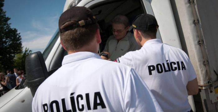 A rendőrök száma Szlovákiában magas, a bizalom irántuk azonban alacsony
