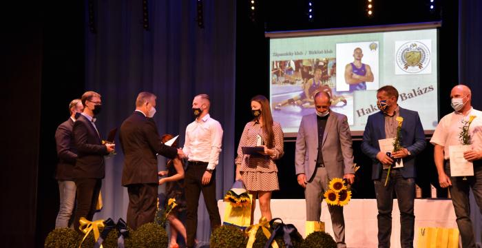 A tavalyi év legjobb sportolóit és edzőit díjazták