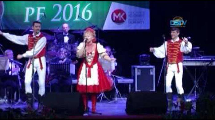 Embedded thumbnail for Telt házas újévi gálakoncertet tartottak Dunaszerdahelyen