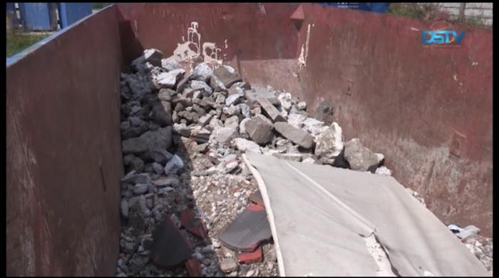 Embedded thumbnail for Ötszáz kilogrammig elszállítják az építési törmeléket