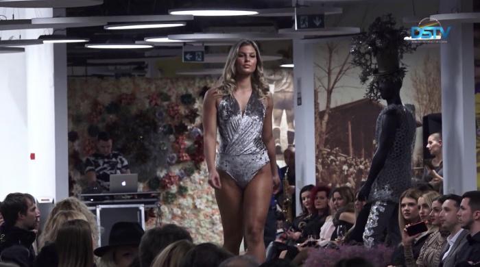 Embedded thumbnail for Látványos divatbemutató örvendeztette meg a közönséget