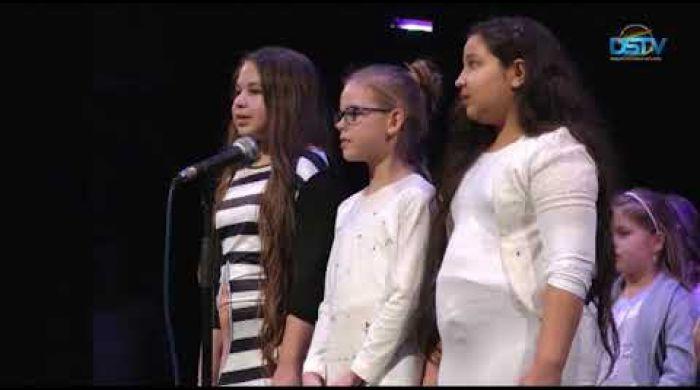 Embedded thumbnail for Tánccal, énekkel, zenével és szavalattal ünnepelték a magyar kultúrát