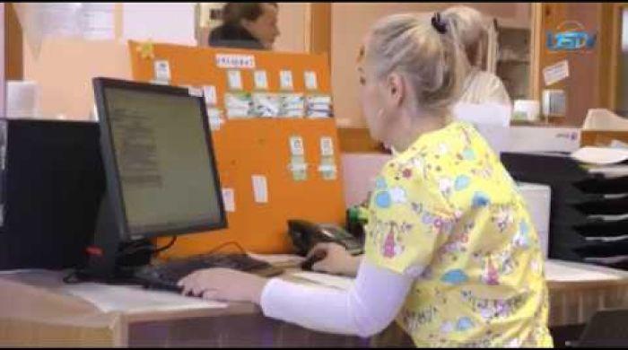 Embedded thumbnail for Gondok az e-Health rendszer bevezetésével kapcsolatban