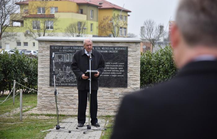 A Felvidékről kitelepített magyarokra emlékeztek