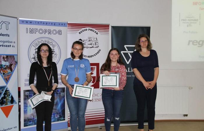 Informatikai versenyen szerepeltek
