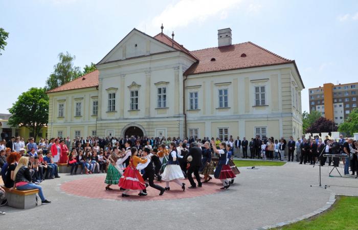 Három dunaszerdahelyi kulturális intézmény igazgatójáról is döntöttek