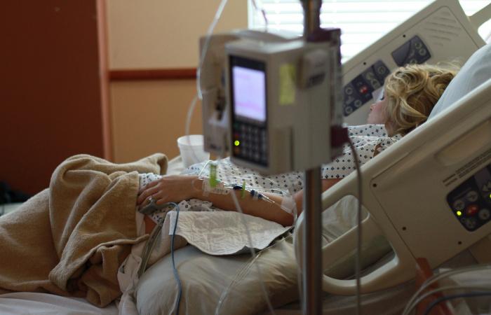 Az egészségbiztosítók tavaly 2044 külföldi gyógykezelést hagytak jóvá
