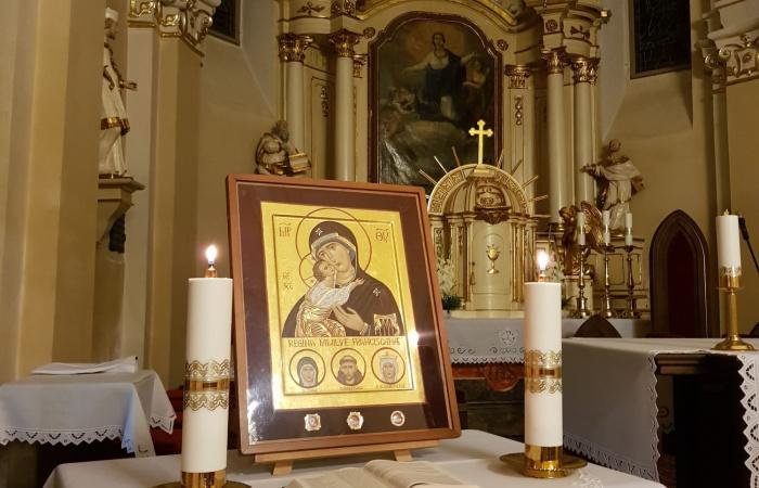 Ferences ikon érkezett Dunaszerdahelyre