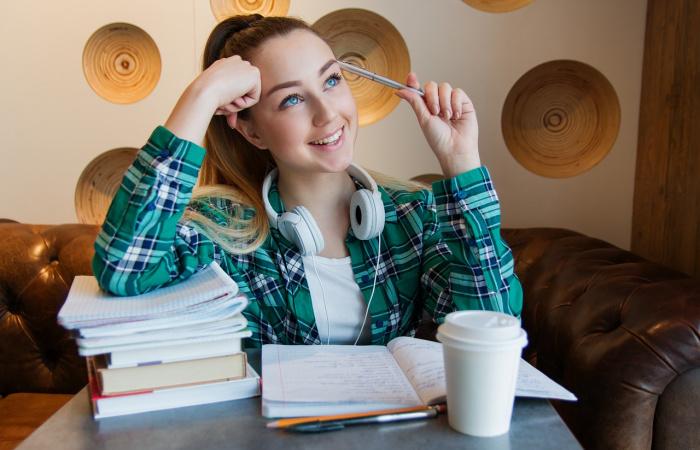 104 ezer diák végez nyári munkát