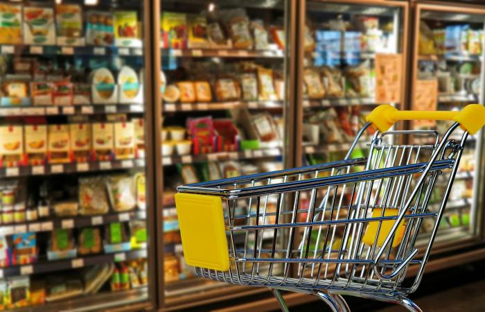 Fejenként 35-168 kg élelmiszert dobunk ki évente
