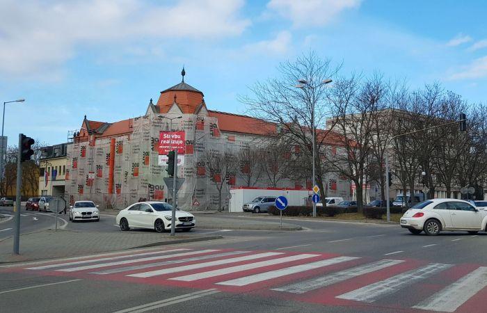 Április végén adják majd át a felújított járásbíróság épületét