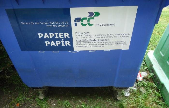 Indul a szeparált papírhulladék elszállítása a családi házas övezetekből