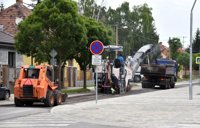Zajlik a Sport utca felújítása – videóval