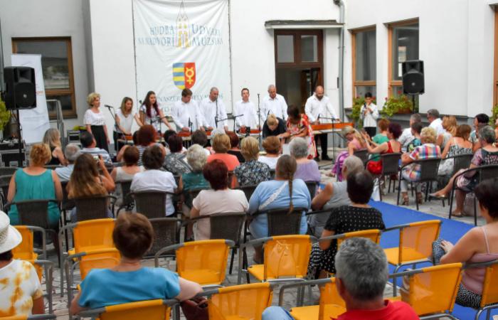 Citera hangjával köszönt el az idei Dunaszerdahelyi Udvari Muzsika