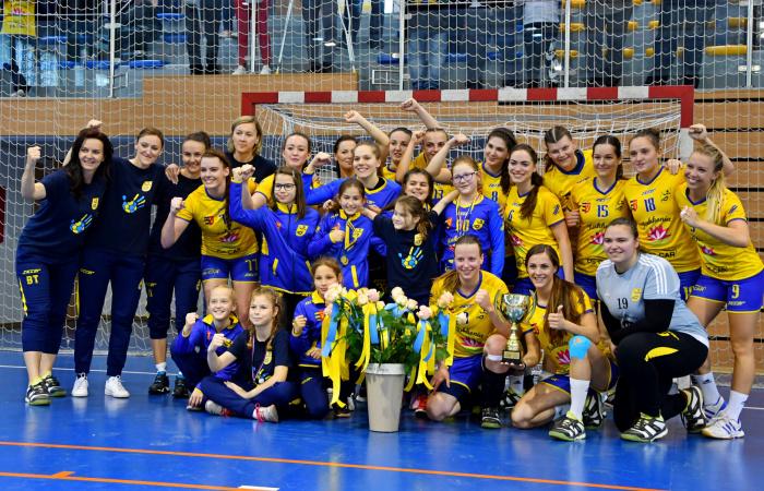 Győzelemmel ünnepelték a bajnoki címet a lányok