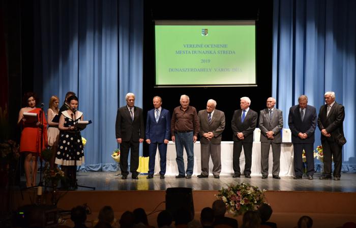 Városi kitüntetést kapott a DAC 1968-as bajnokcsapata