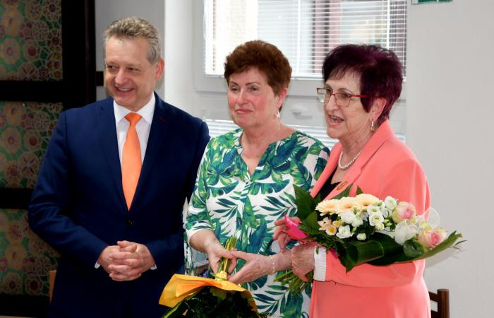 A hölgyeket ünnepelték a nyugdíjasklubban