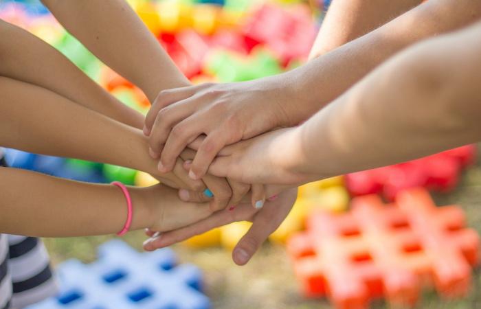 Rendhagyó támogatással a kárpátaljai gyermekekért