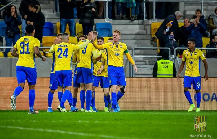 Videó: Összefoglaló a FC DAC 1904 - AS Trencsén (3:1) mérkőzésről