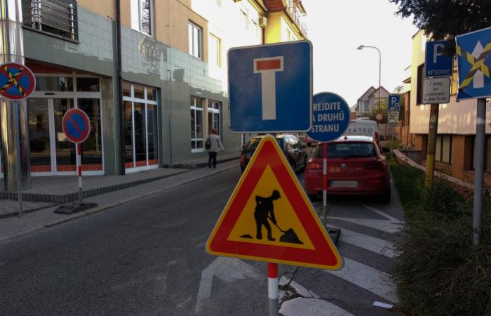 Figyelem, lezárták a Rózsa utcát!