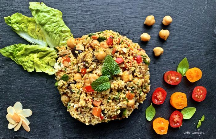 Fűszeres kuszkusz sült zöldségekkel, csicseriborsóval és pirított mandulával