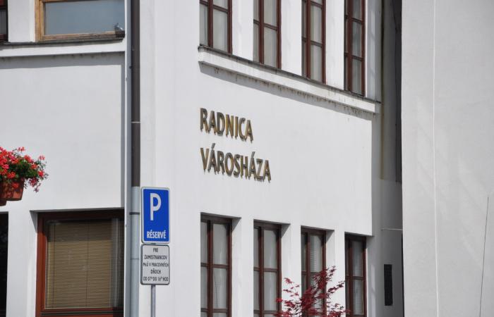 Szerdától változik a városi hivatal ügyfélfogadó irodájának nyitvatartása!