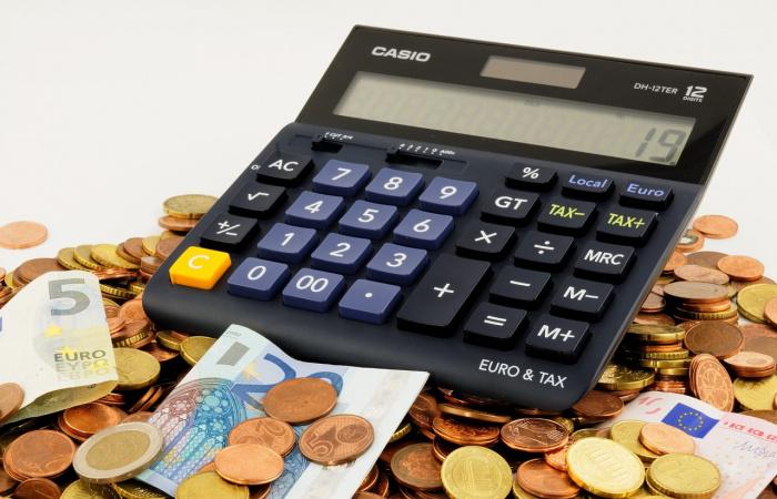 Jövőre 623 euró lesz a minimálbér