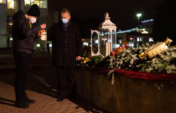 Dunaszerdahelyi advent – Hájos Zoltán polgármester köszöntője és a negyedik gyertya meggyújtása