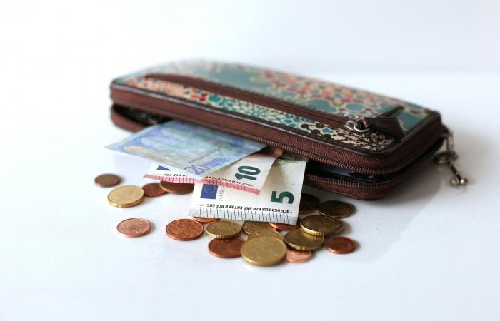 Januártól emelkednek a nyugdíjak. De mennyivel?