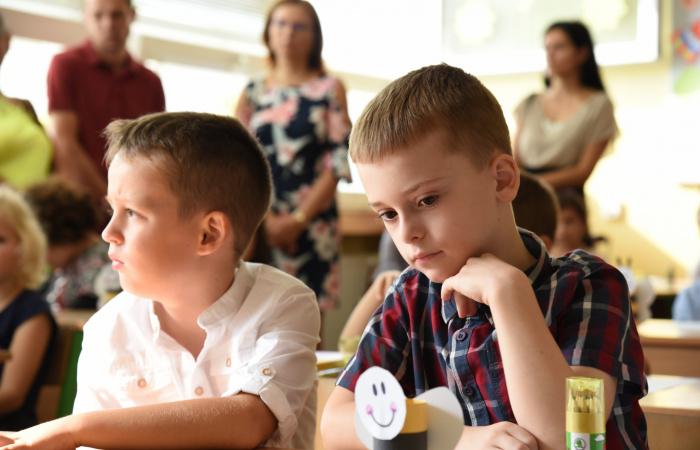 Az érintett évfolyamok összességében mintegy hatvan százaléka ült tegnap vissza az iskolapadba