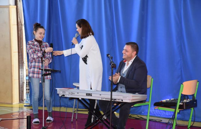 Méltó programmal ünnepelték a magyar kultúra napját a Vámbéry Ármin Gimnáziumban