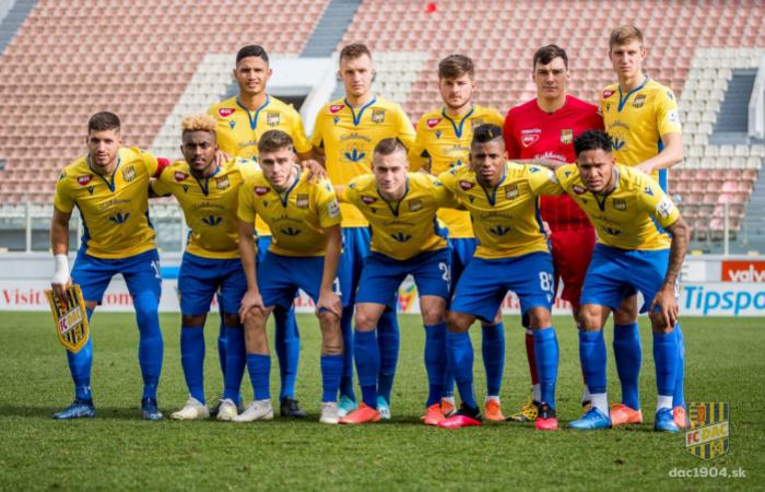 Hétfőn délelőtt a Baník Ostrava ellen
