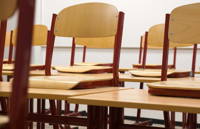 Csúsznak az érettségik, a kilencedikesek tesztelése viszont nem