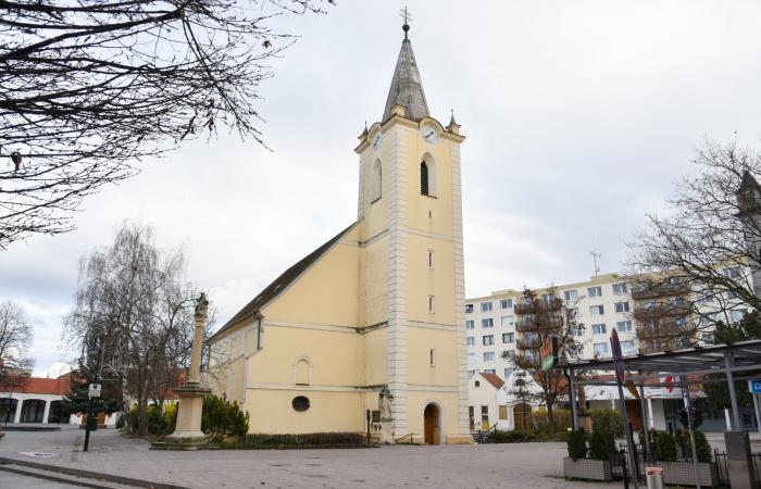 Döntött a püspöki kar: húsvét hívek nélkül