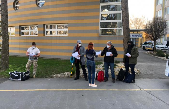 Nagyszombat megye kollégiumokban helyezi el a külföldről hazatérőket, Dunaszerdahelyen is