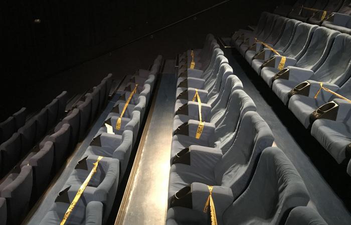 Elvileg mától nyithatnak a templomok, a mozik és a színházak
