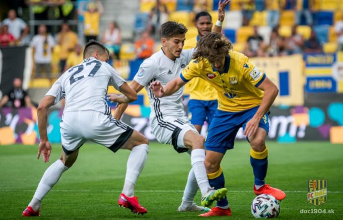 Nézze ingyen és magyar kommentárral a Nyitra-DAC mérkőzést az Orange Sporton!