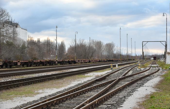 A gyorsabb vasúttal tehermentesíthetnék az utakat