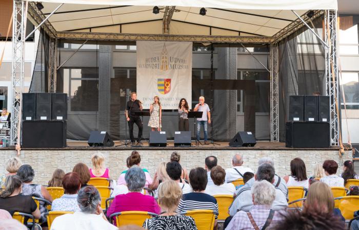 Csütörtökön a Four Art Singers adott koncertet - videóval