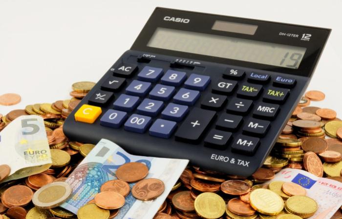 Kevesebbet adózhatnának az alacsony jövedelmű munkavállalók
