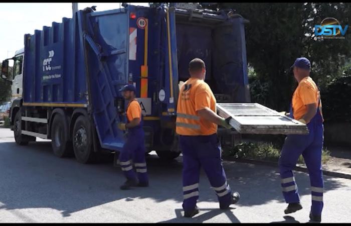 Embedded thumbnail for Százhatvan tonna hulladékot szállítottak el a lomtalanítás során