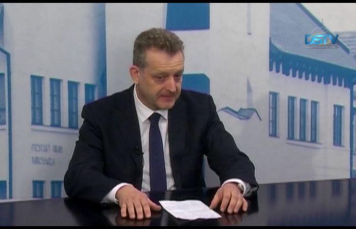 Embedded thumbnail for Év eleji stúdióbeszélgetés Hájos Zoltán polgármesterrel