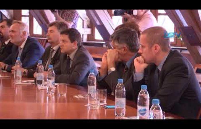 Embedded thumbnail for A bizottság tagjai a felvidéki magyarság helyzetéről tájékozódtak