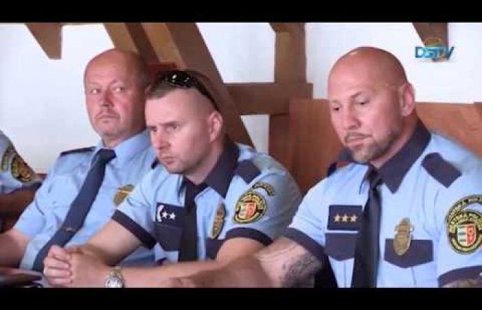Embedded thumbnail for Negyedszázados fennállását ünnepelte a városi rendőrség