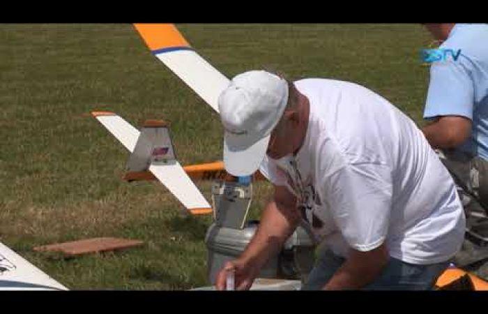 Embedded thumbnail for Az idén 50 éves klub repülőmodellező nappal ünnepelt