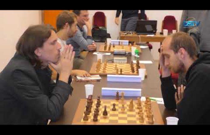 Embedded thumbnail for A sakkcsapat drámai küzdelemben védte meg bajnoki címét