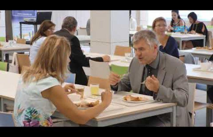 Embedded thumbnail for Üzembe helyezték a város legkorszerűbb iskolakonyháját