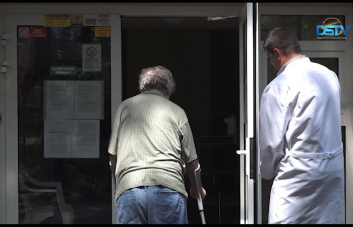 Embedded thumbnail for Fokozatos enyhítések az idősek otthonában