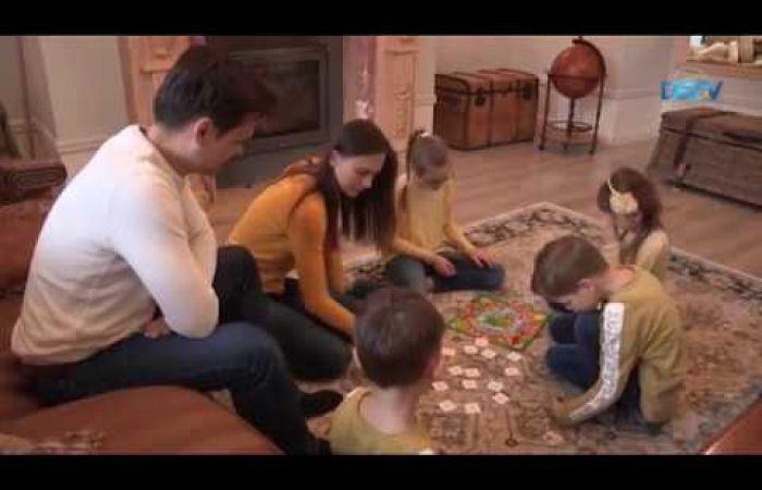 Embedded thumbnail for A közös ünneplés a család megtartó ereje